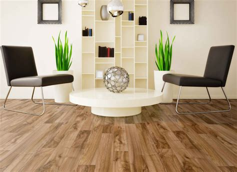 Luxurious Interior Design With Natural Laminated Wood