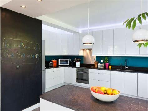 cuisine peinte en vert 17 meilleures idées à propos de cuisine bleu canard sur