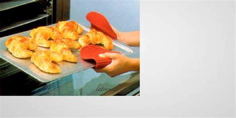 maniques cuisine maniques de cuisine en silicone gant de protection