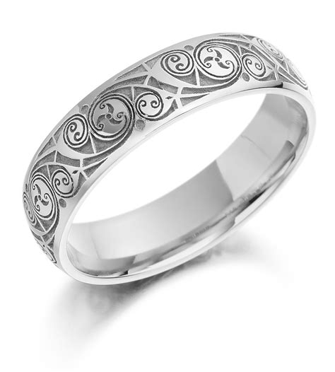 so beautiful and precious white gold celtic wedding rings