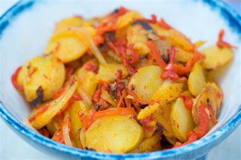 Peperoni e patate / Pipi e patate (peppers and potatoes ...