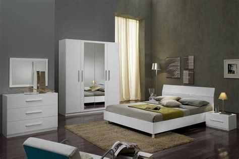 les chambres à coucher modele de chambre a coucher adulte