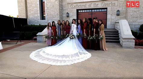 jinger duggars wedding dress designer   train