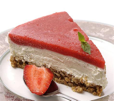 aux fraises cuisine recette cheesecake au citron vert et aux fraises gariguettes desserts