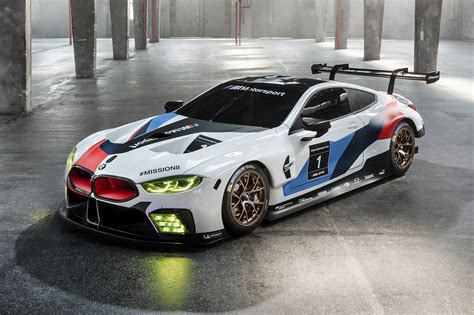 Mobil Gambar Mobilbmw 8 Series Coupe by M8 Gte Track Going Bmw 8 Series Completes Daytona 24