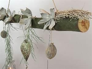Deko Ast Holz : creatina ast aus buchenholz zum aufh ngen mit glasornament zapfen 118 cm lang ~ Frokenaadalensverden.com Haus und Dekorationen