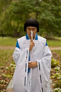 Shinto Priest Japan by deity1248 on DeviantArt
