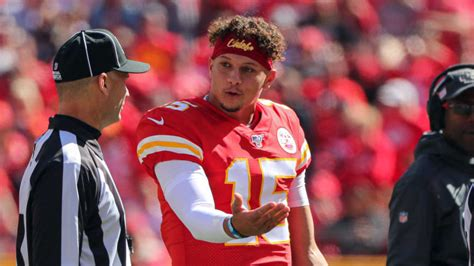 Patrick Mahomes re-aggravates ankle injury against Texans ...