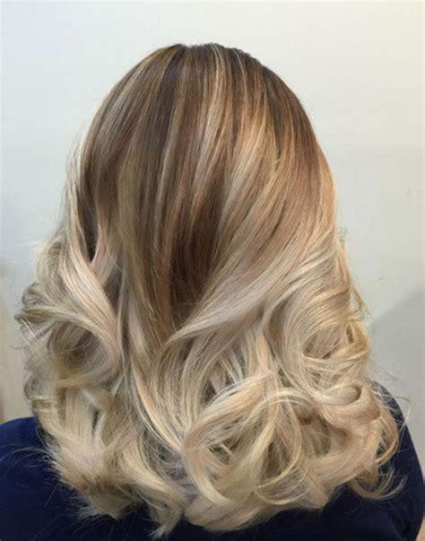 les 25 meilleures id 233 es concernant cheveux blond platine sur blond platine cheveux