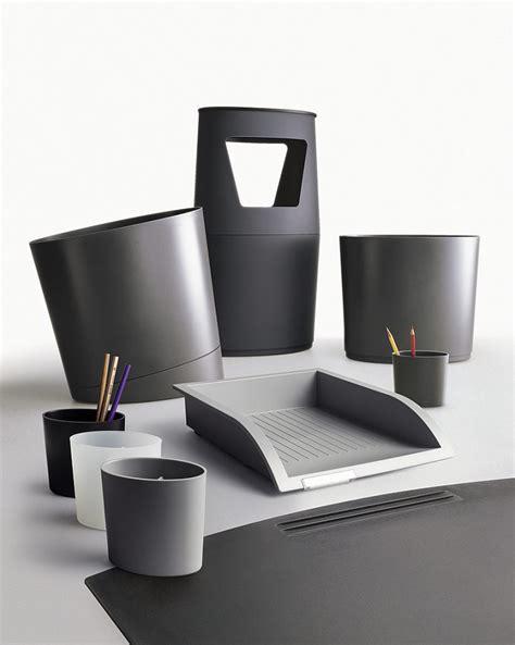 les accessoires de bureau accessoires de bureaux design originaux ubia mobilier