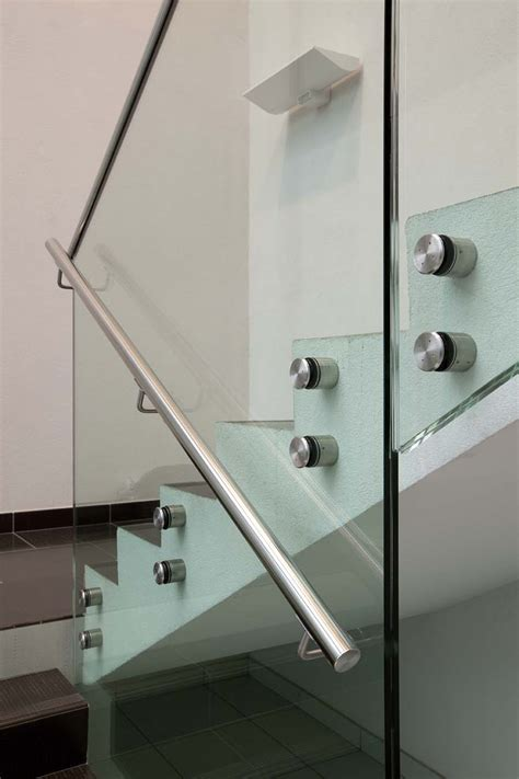 biloba charniere hydraulique sadev architectural glass