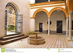 Patio Andaluz Imagen De Archivo  Imagen De Andaluz  Patio