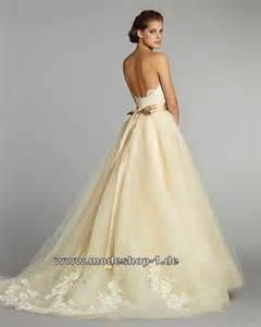 brautkleid creme hochzeitskleid brautkleid mit schärpe weiss beige creme und stickereien mode shop nr 1