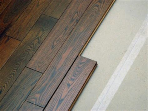 Home Office Furniture: How to lay laminate on uneven floor