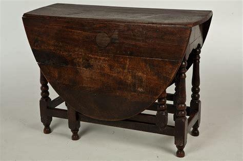 antique l tables sale 18th century english oak gate leg table for sale