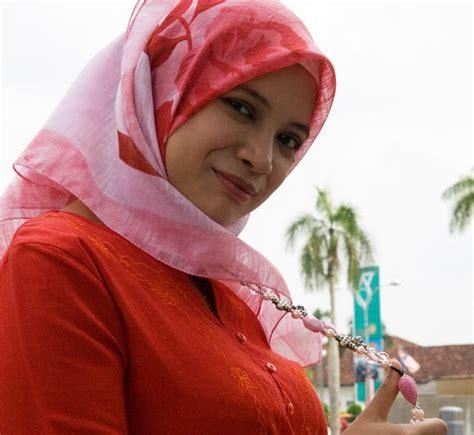 Awek Melayu Hot Tudung Hot Gambar Gadis Bertudung Mantap