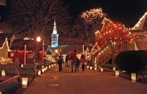 Holiday Carnival at Old Mystic Village | Howard Johnson Mystic