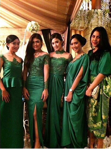 indonesian bridesmaid inspirasi kebaya vani vestidos