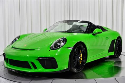 The speddster name first appeared on the 964 and most recently appeared on the 997. Want A Lizard Green Porsche 911 Speedster Or A Viper Green 911 Turbo S? | Carscoops