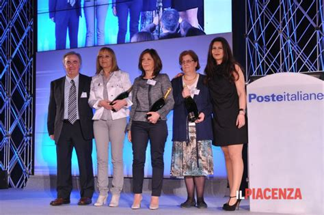 Ufficio Postale Lecco La Casa Di Fronte Catalogo Prodotti Per Ufficio Postale