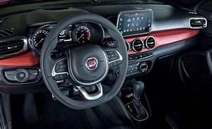 Vazam As Primeiras Imagens Do Interior Do Fiat Argo  Que