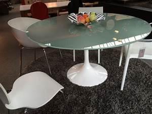 Runder Esstisch Weiß : runder glastisch esstisch wei konferenztisch wei tisch modern durchmesser 140 cm ~ Orissabook.com Haus und Dekorationen