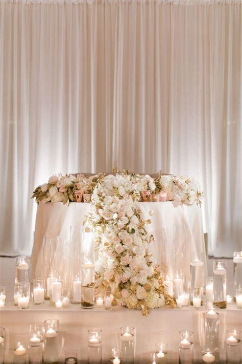 romantic sweetheart table idea for wedding reception