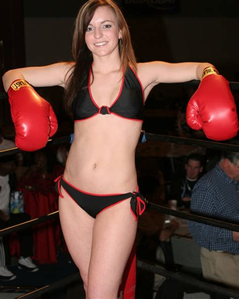 Ring Girls | Thursday Night at the Fights
