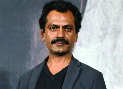 nawazuddin siddiqui   suffered  fracture