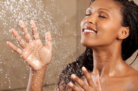 Taking Shower - is my shower damaging my hair curlynikki