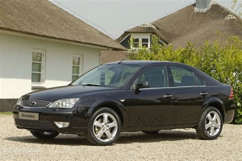 Ford Mondeo Hatchback Specs & Photos