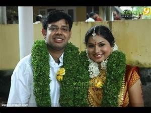TV Anchor Veena Nair Wedding Gallery - YouTube