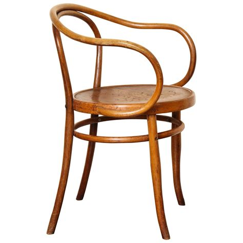 bentwood b 9 chair by michael thonet manufactured by