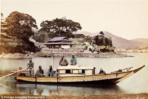 Fishing Boat Restaurant Japan by Japanese Transport 100 Years Ago In Pictures Daily Mail