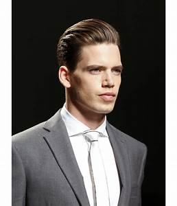 Cheveux En Arrière Homme : comment se coiffer les cheveux en arriere homme ~ Dallasstarsshop.com Idées de Décoration