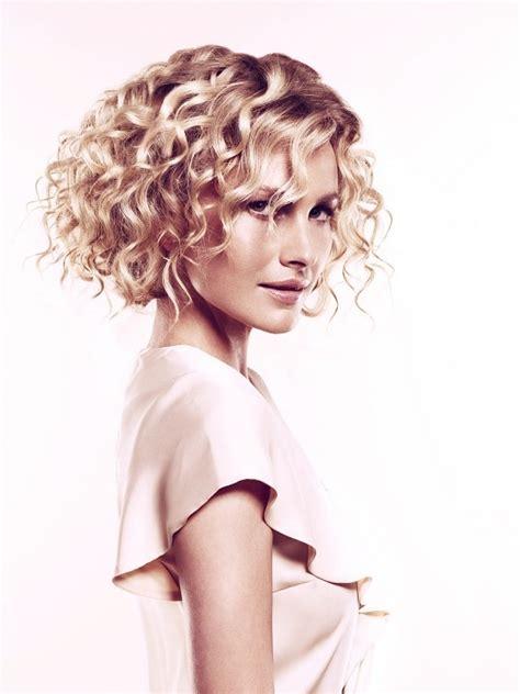 medium curly hairstyles 2012