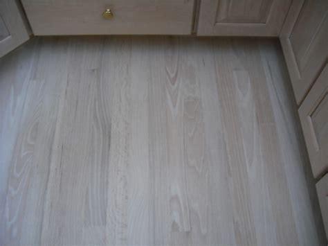 bleached oak floor red oak bleached white stain 6 coats of water base finish msc hardwood floors