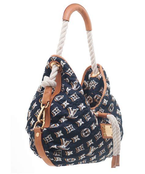 louis vuitton navy monogram bulles mm bag limited edition la doyenne