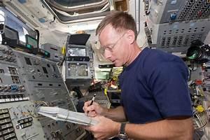 File:STS-135 Chris Ferguson on the aft flight deck.jpg ...