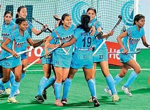 Indian women's hockey team beat Spain 1-0