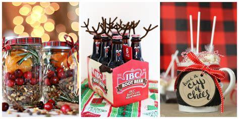 25 Fun DIY Christmas Gifts for Neighbors - Inexpensive ...