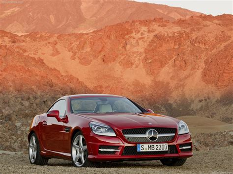 This 350 variant comes with an engine putting out 306. TECHZONE: Mercedes Benz SLK Roadster India Features and Specifications