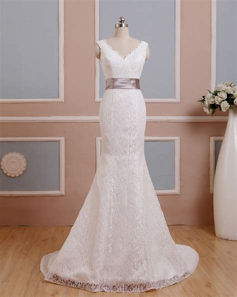 ᗕ2016 A Line Ivory Wedding Dresses © With With Satin Back