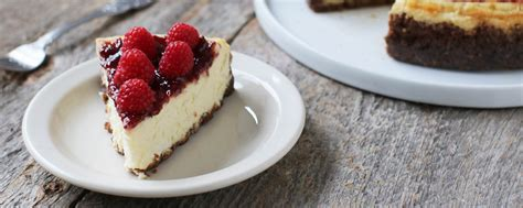 New York Style Goat Cheesecake With Raspberry Jam  Great