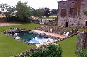 Construction Piscine Naturelle : piscine naturelle filtration au aquatique tang de baignade lagune ~ Melissatoandfro.com Idées de Décoration