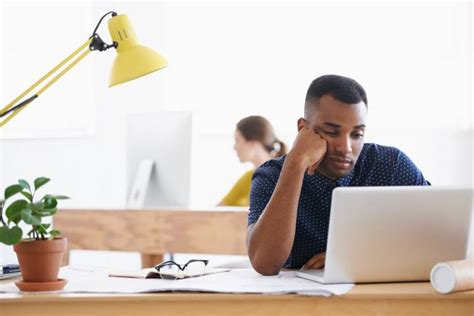 unhappy at work 7 signs you should quit your job