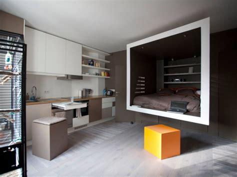 siege escamotable un studio organisé autour d 39 un cube suspendu maisonapart