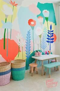 interesting kidsroom wall mural Beautiful-wall-mural-for-kids-play-room