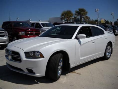 2013 Dodge Charger Sxt by Sell New 2013 Dodge Charger Sxt In 8333 Rivers Ave