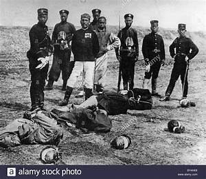 BOXER REBELLION Chinese executioners with their victims in ...